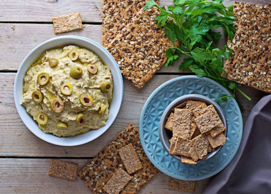 Olive_Hummus_3.jpg