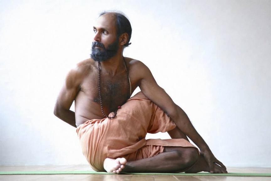 sri-venudas-hatha-yoga-2.jpg