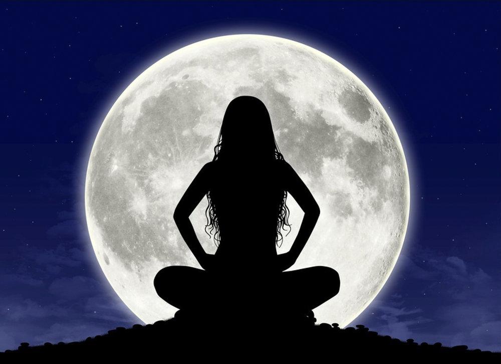full-moon-meditation-caroline.jpg