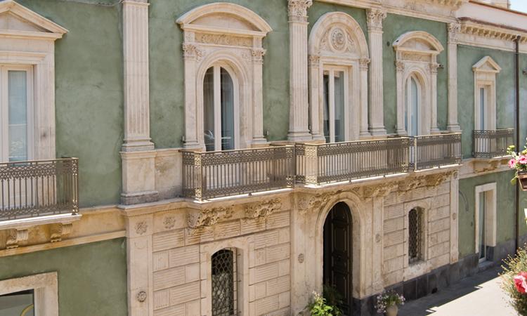 shalai_33_historic_hotel.jpg