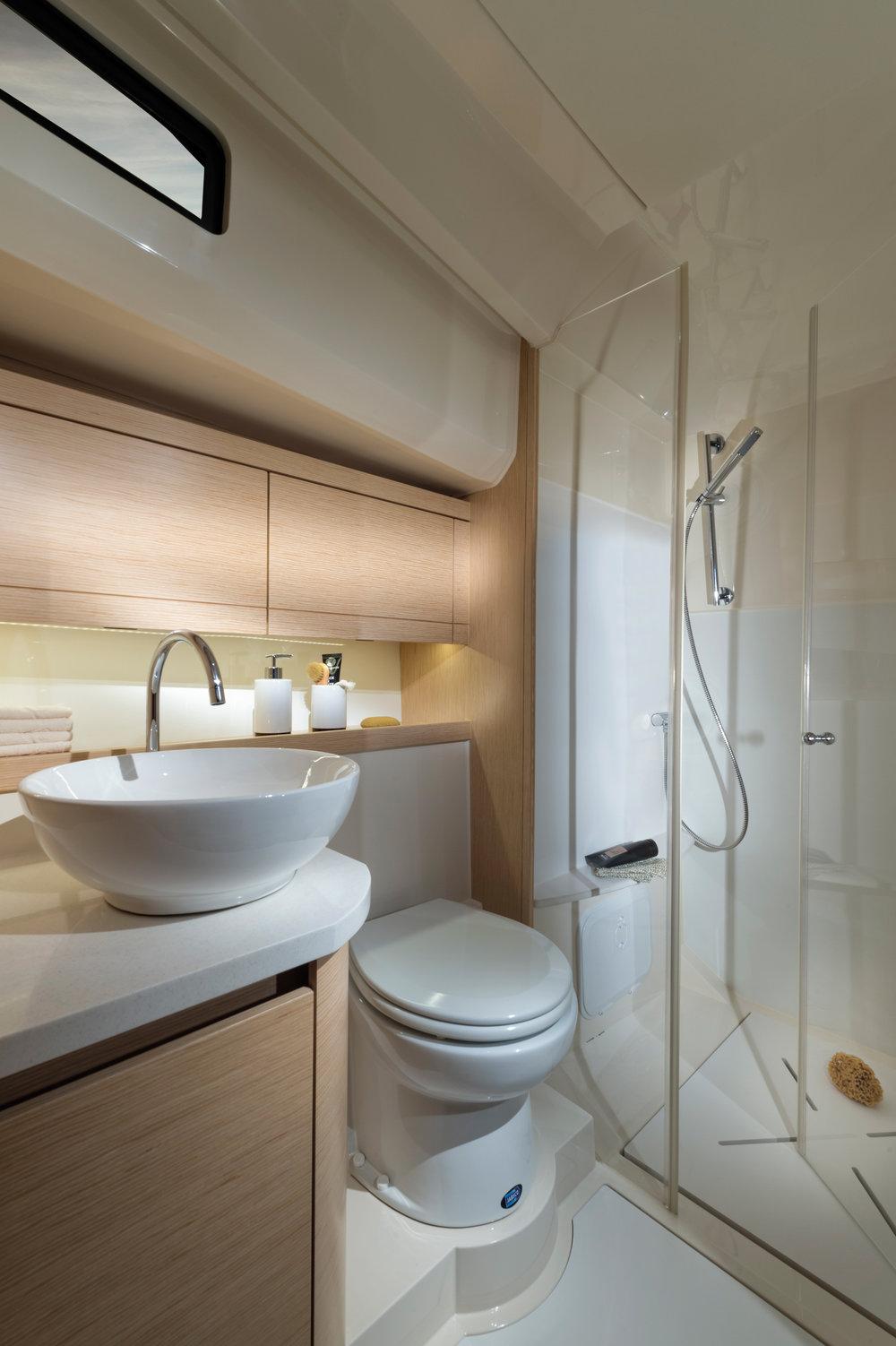 09-Twin-Access-Washroom-01.jpg