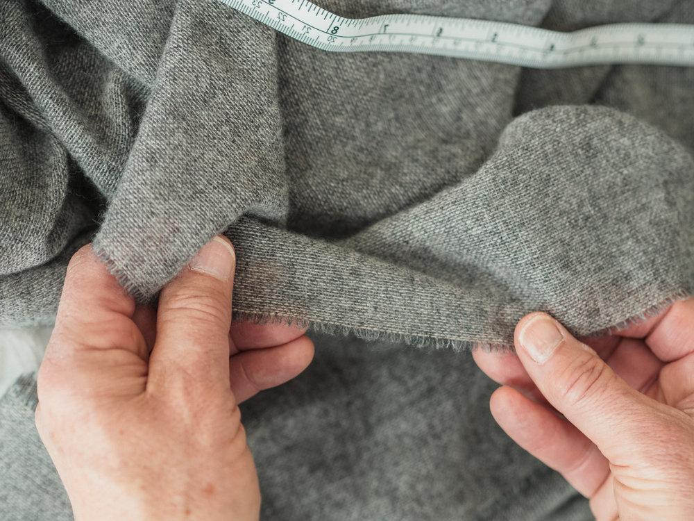 hands-grey11.jpg