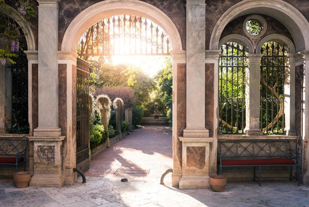 Palazzo Margherita.jpg
