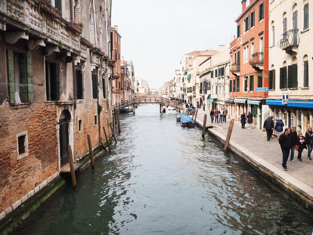 A Guide to Venice by Lois Avery