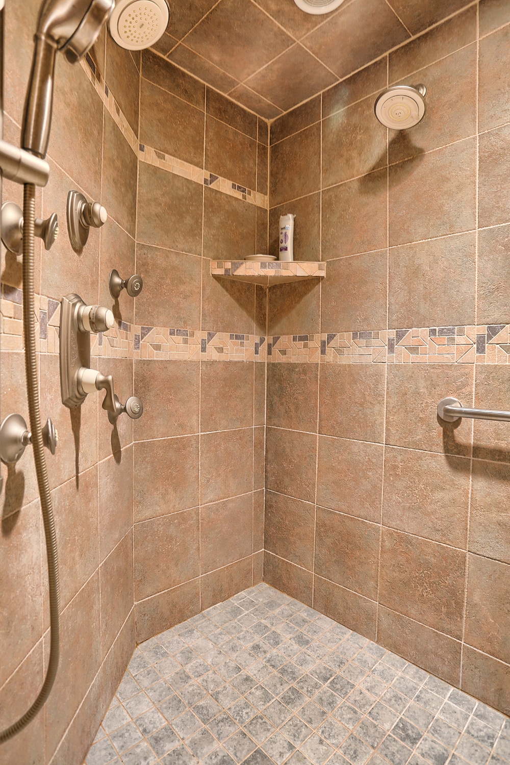 Walk In SHower with Radiant Heat Bench