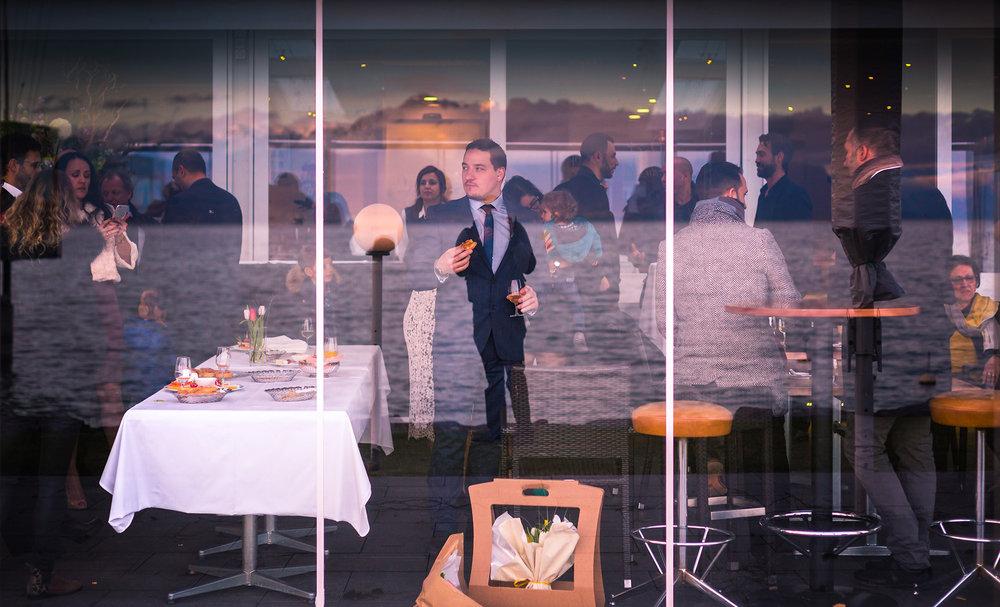 apéritif mariage reflet lac vitre wedding