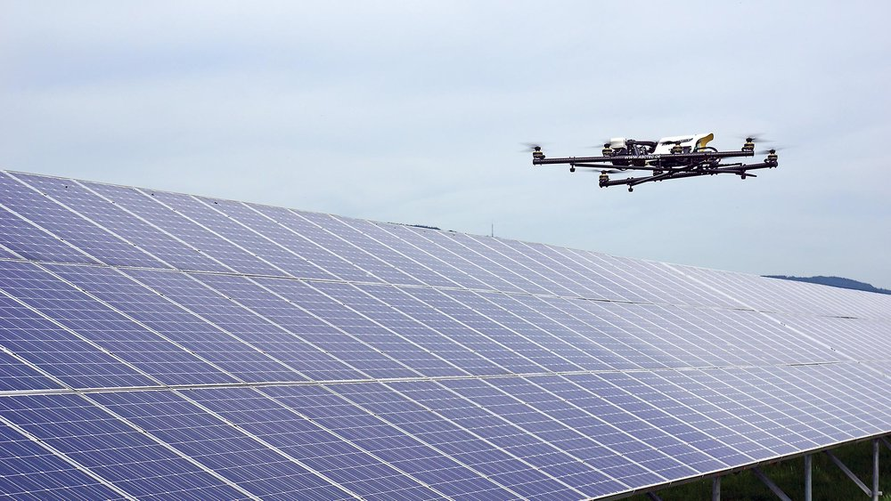 AscTec-falcon-8-inspection-safe-high-tech-drone-automation-thermal-solar-plant-photovoltaic.jpg