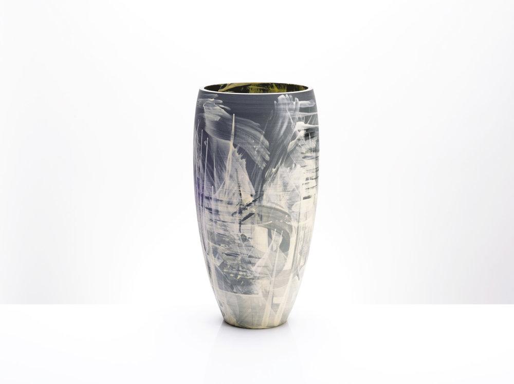 rowena-gilbert-vase1b.jpg