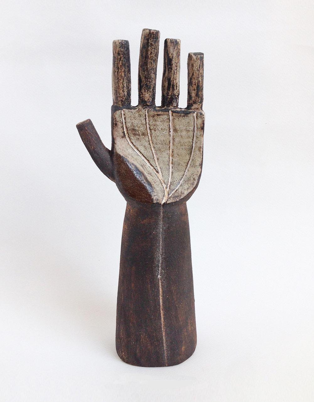 Title: Delta Hand Size: H 26 x W 12 x D 8 cm Medium: Stoneware Ceramic