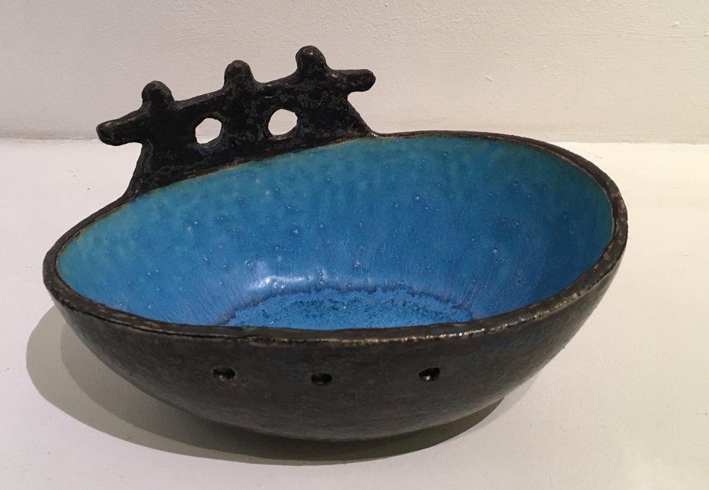 Title: Three Men in a Boat Medium: Ceramic Stoneware  W: 19cm H: 10cm Price: £220