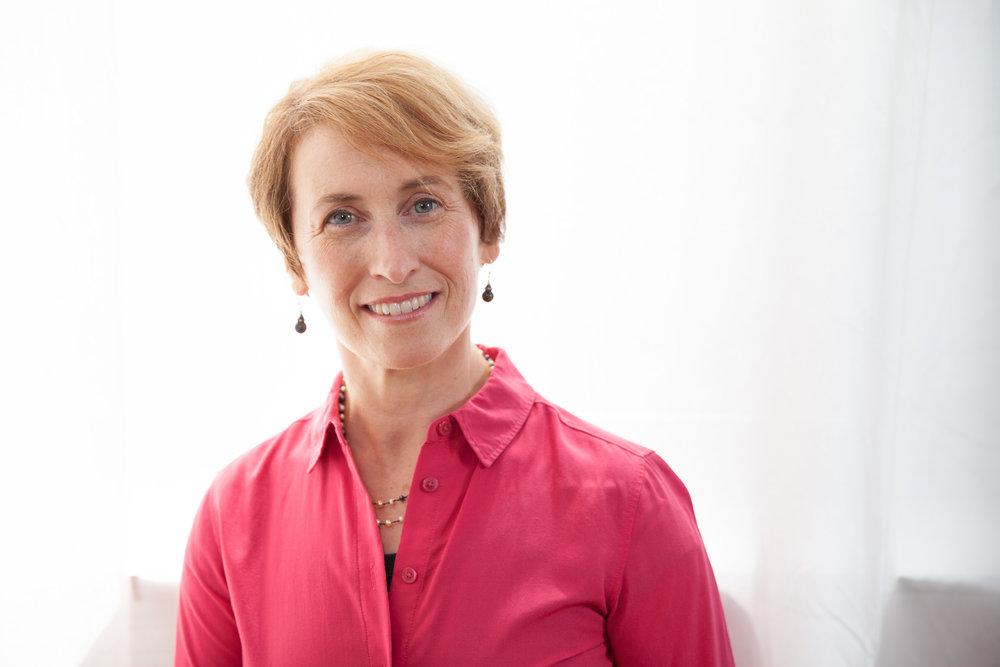 Headshot Portrait of Belinda Mello, an Alexander Technique teacher based in New York City, NY.