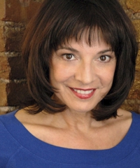 Headshot of Vicki Shaghoian, Master Voice Teacher & Broadway Vocal Coach