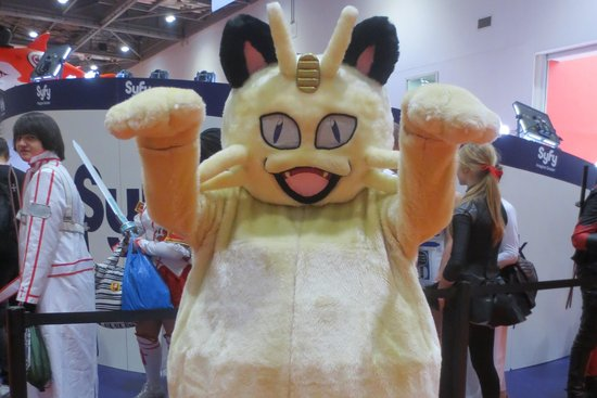 meowth-pokemon-cosplay.jpg
