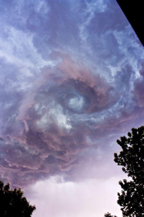 Amateur picture of the Portal above Rio.