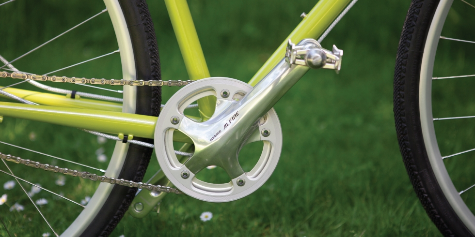 pashley-product-lifestyle-image-header-pathfinder-only-16980x490.jpg