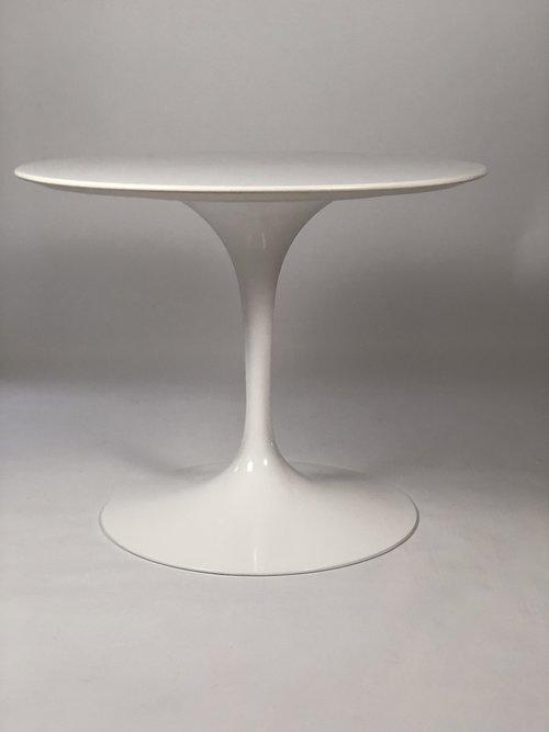 Round Knoll Saarinen Pedestal Table Andrew Spindler Antiques Design - Knoll pedestal table
