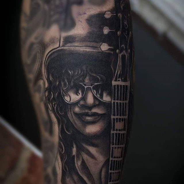 @gazfarmertattooist absolutely loved doing this slash portrait yesterday in abit more of an illustration style to fit in with daves existing tattoos, nailed it! If you would like a tattoo off Gaz drop us an email to Thismortalcoiltattoo@gmail.com availability in October! @barber_dts @elgatonegrotatt @ezcartridgecouk