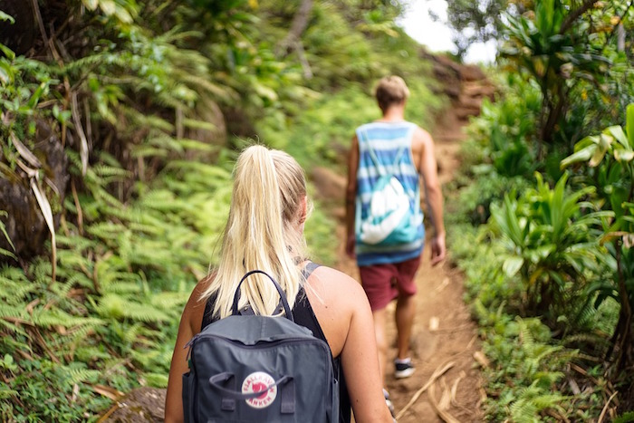hiking-ft.jpg