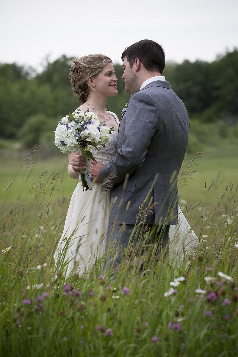 rum-river-barn-and-vinyard-milaca-minnesota-4th-of-july-wedding-bride-groom-prarie-grass-meadow-melanie-mahonen-photography