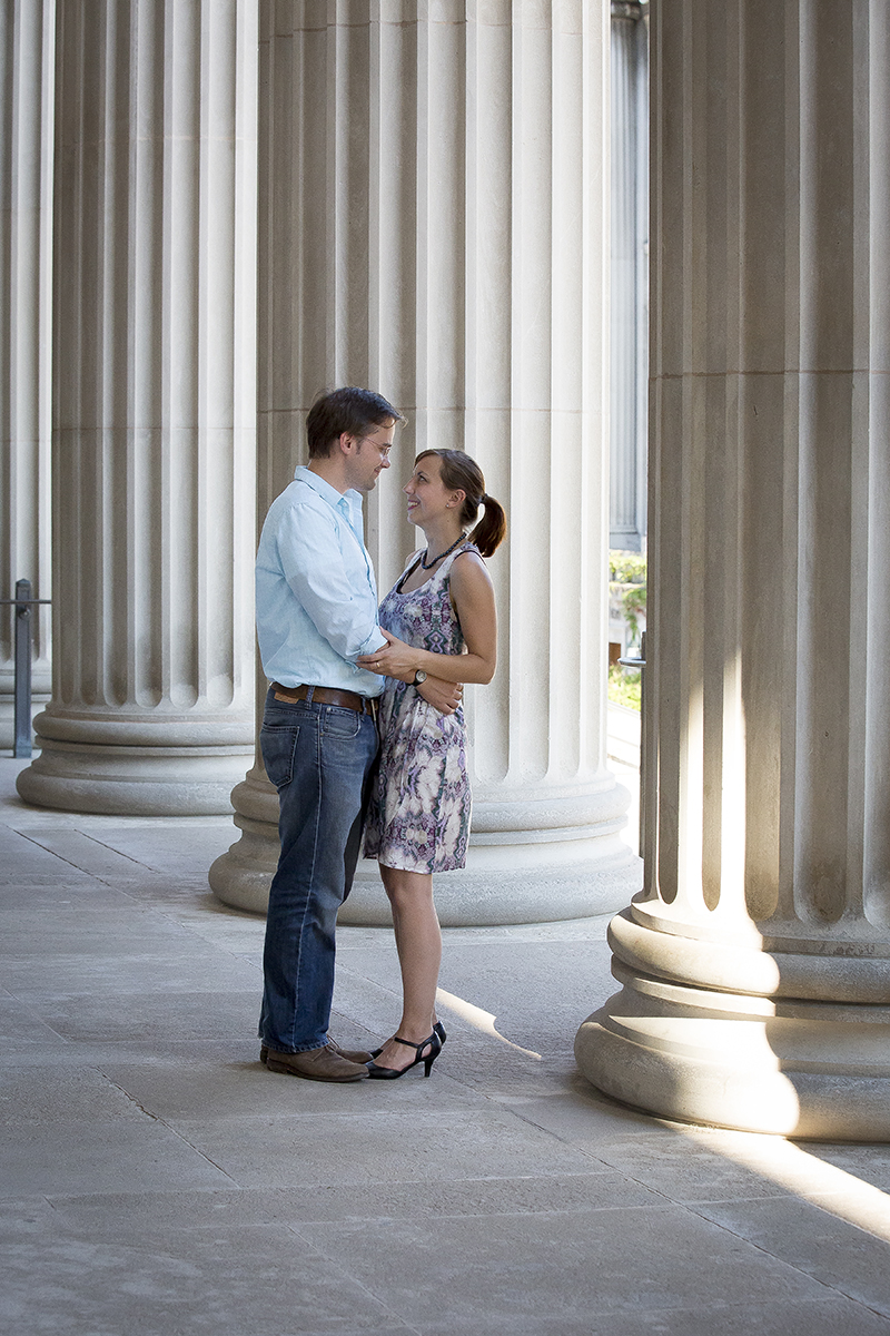 university-of-minnesota-minneapolis-nrdtrom-auditorium-engagment-session-melanie-mahonen-photography