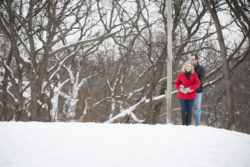 01-winter-woderland-engagment-session-theodore-wirth-park-golden-valley-minneota-mahonen-photography
