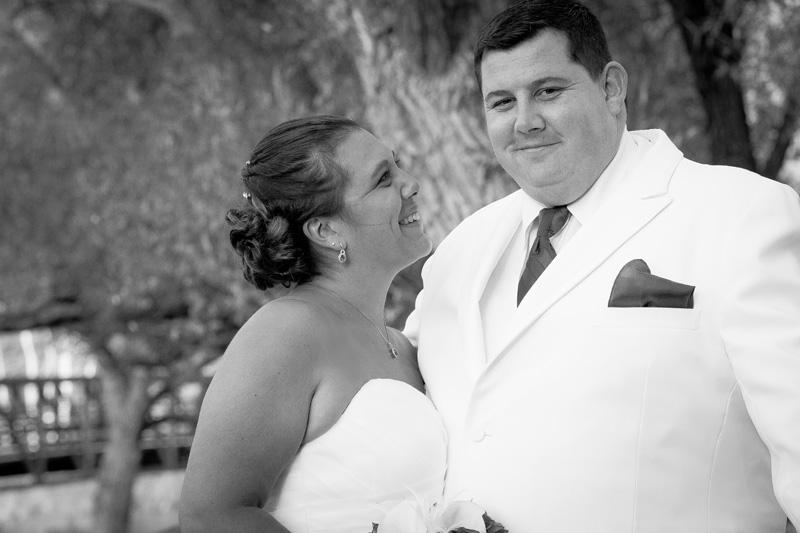 07-bride-groom-casual-portrait-wedding-day-joy-melanie-mahonen-photography