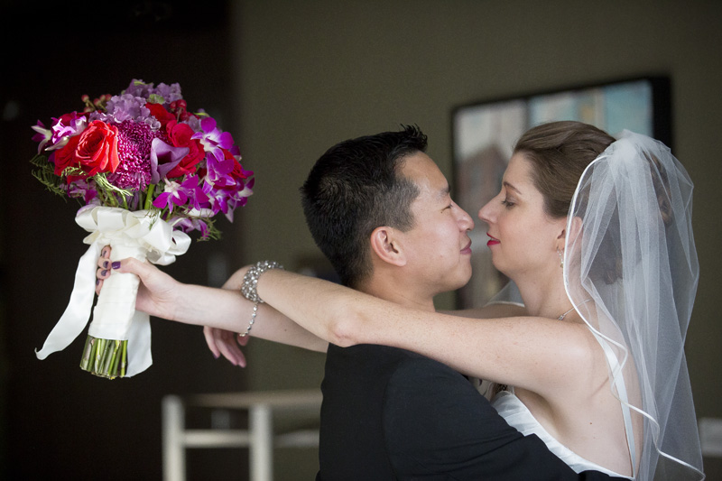 16-post-wedding-ceremony-emotion-bride-and-groom-melanie-mahonen-photography