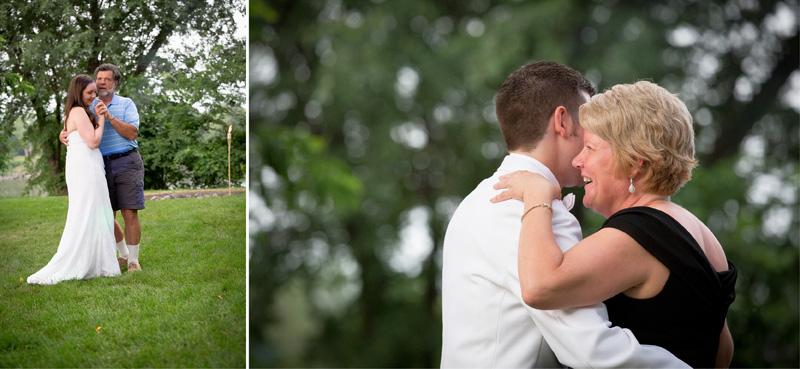 18-minnesota-backyard-casual-wedding-reception-father-daughter-mother-son-dance-melanie-mahonen-photography
