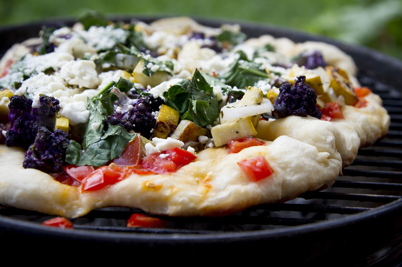 04-summer-grilled-vegetable-pizza-food-photography-melanie-mahonen