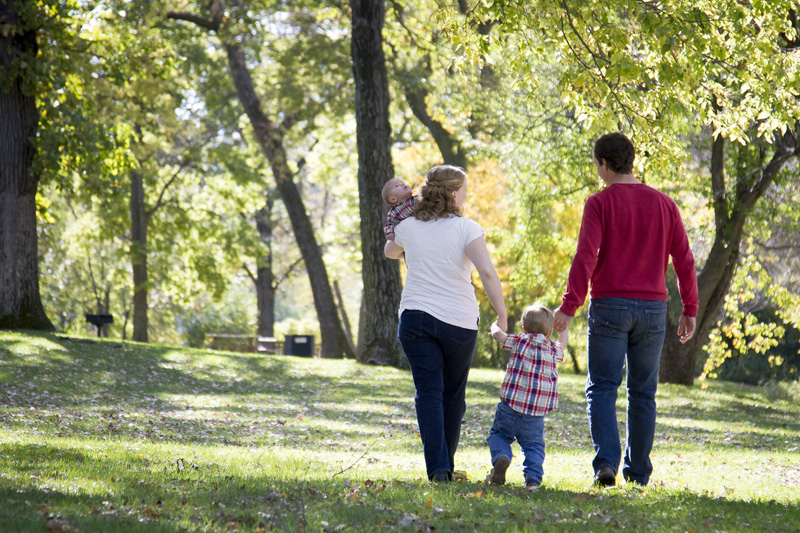 05-early-fall-family-session-clifton-e-french-regional-park-plymouth-minnesota-melanie-mahonen-photography