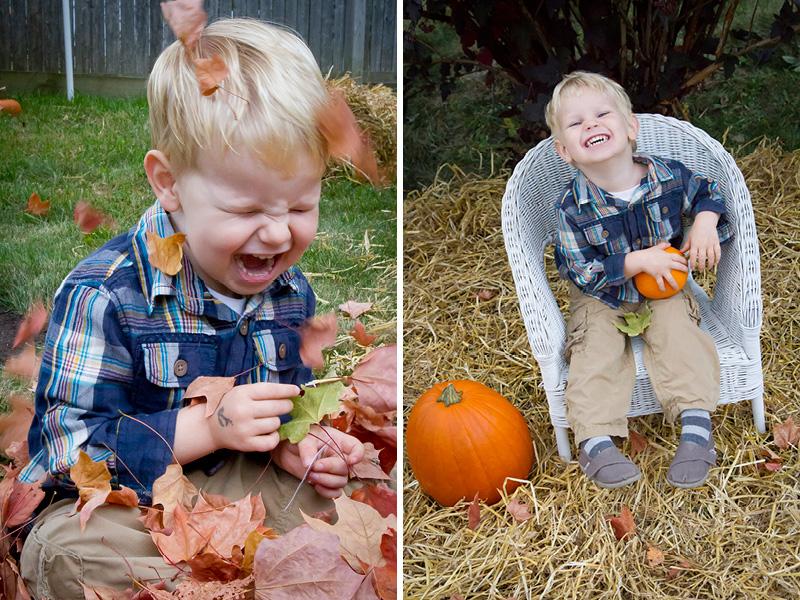 06-fall-mini-sessions-leaves-pumpkins-hay-happy-boy-melanie-mahonen-photography