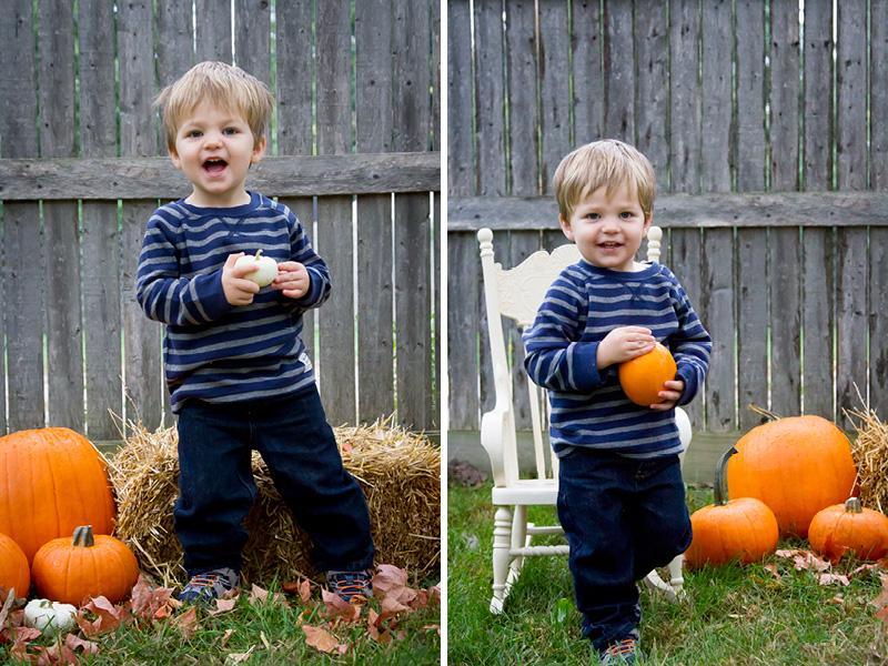11-fall-mini-sessions-hay-pumpkins-happy-boy-melanie-mahonen-photography