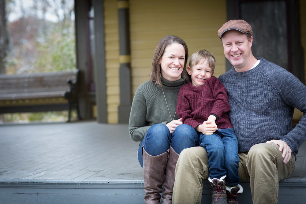 01-burwell-park-family-session-minnesota-mahonen-photography.jpg