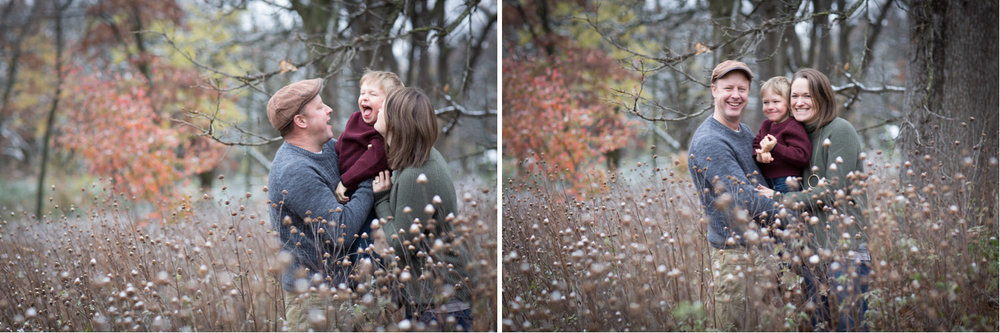 05-fun-family-fall-session-wildflower-field-mahonen-photography.jpg