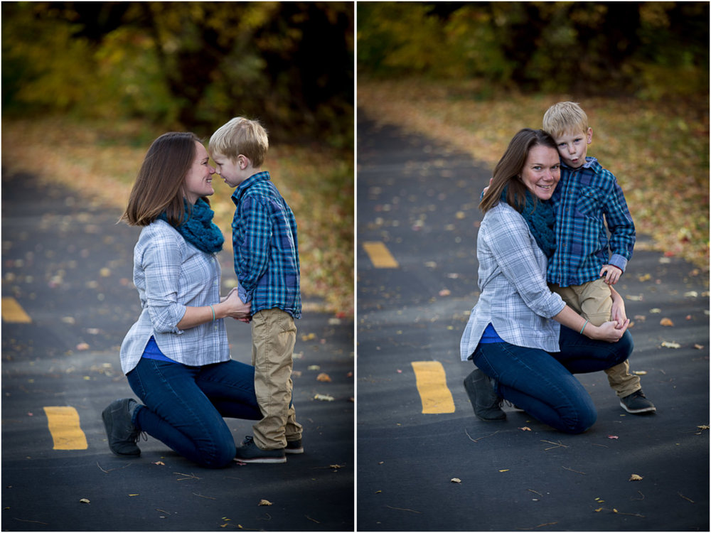 03-minnesota-fall-colors-mother-son-family-photo-session-mahonen-photography.jpg