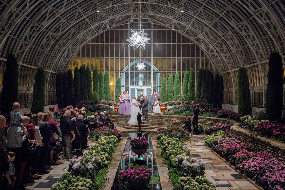 15-como-conservatory-st-paul-minnesota-sunken-garden-wedding-ceremony-night-mahonen-photography.jpg
