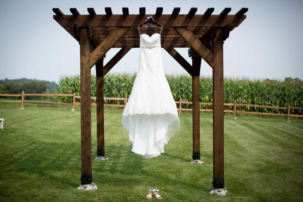01-ridgetop-prescott-wisconsin-wedding-photographer-bridal-details-dress-lace-gown-mahonen-photography.jpg
