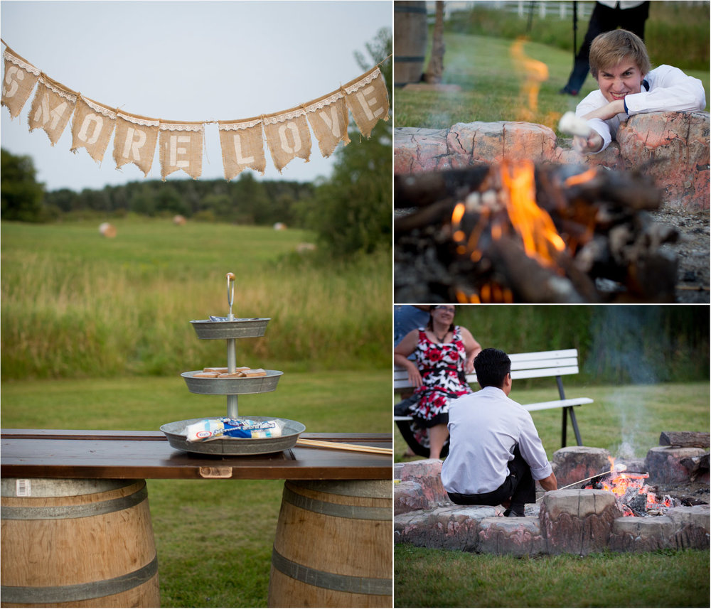 31-dellwood-barn-weddings-minnesota-wedding-photographer-summer-reception-bonfire-smores-fun-mahonen-photography.jpg