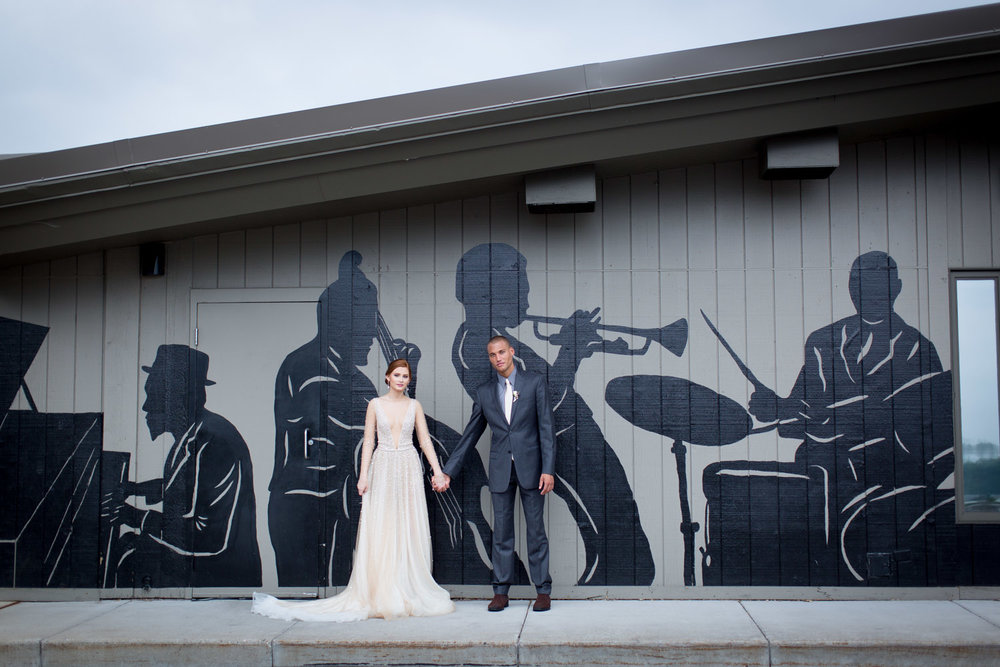 22-crooners-jazz-club-music-wedding-photographer-styled-shoot-muscian-mural-bride-groom-mahonen-photography.jpg