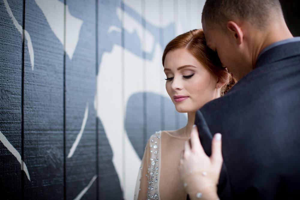 23-crooners-jazz-club-music-wedding-photographer-styled-shoot-muscian-mural-bride-groom-mahonen-photography.jpg