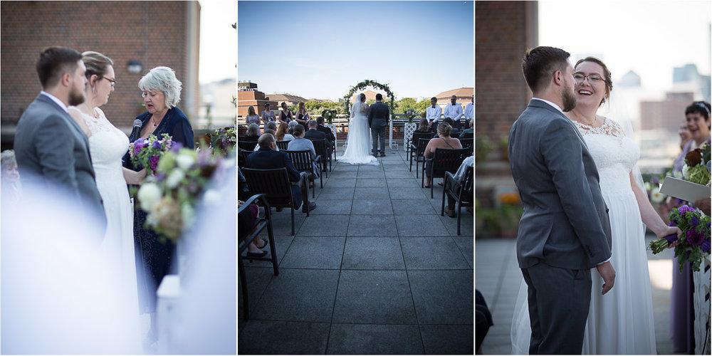 07-university-of-minnesota-campus-club-wedding-photographer-balcony-ceremony-mahonen-photography.jpg