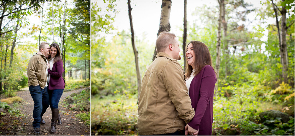 10-duluth-engagement-photographer-enger-park-minnesota-fall-color-photo-session-fun-couple-playful-mahonen-photography.jpg