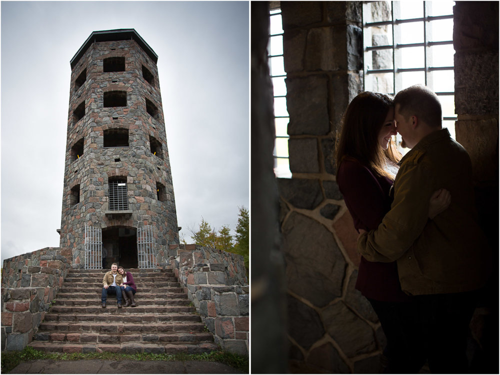 14-duluth-engagement-photographer-enger-tower-minnesota-fall-color-photo-session-fun-couple-playful-mahonen-photography.jpg