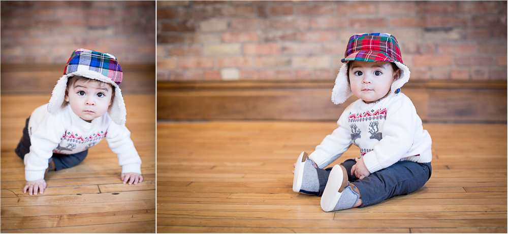 05-mn-studio-family-photgrapher-brick-wall-plaid-hat-6-month-old-boy-portrait-mahonen-photography.jpg