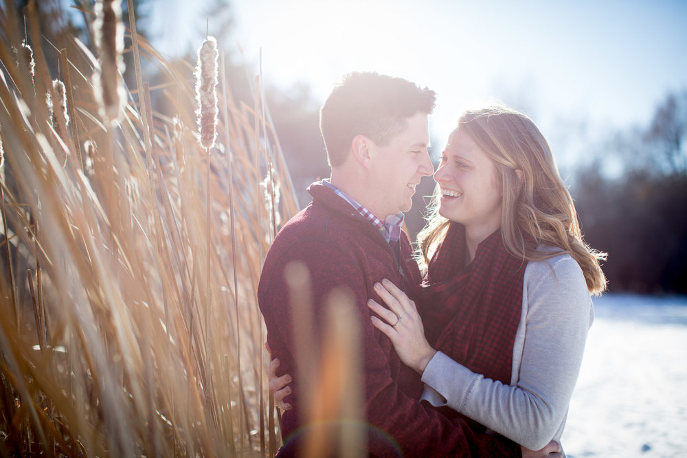 03-minnesota-winter-sun-flare-mn-engagement-photographer-long-prarie-grass-mahonen-photography.jpg