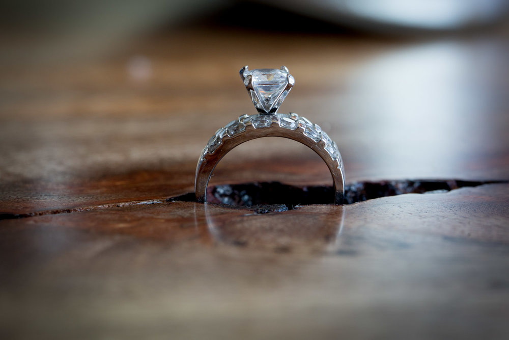 01-cornerstone-studios-styled-shoot-wedding-ring-detail-macro-shot-timber-andtulip-wood-table-perfectly-flawed-mahonen-photography.jpg