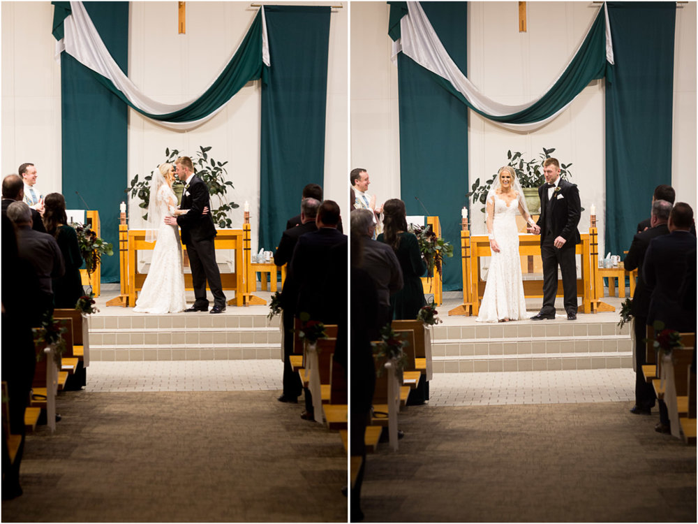 07-st-mary-of-the-lake-white-bear-minnesota-catholic-winter-wedding-ceremony-first-kiss-mahonen-photography.jpg