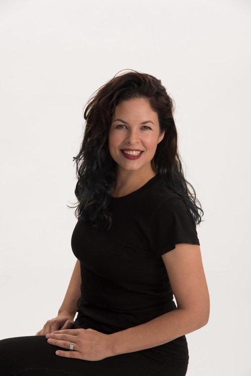 Cassidy Barton -dance class instructor