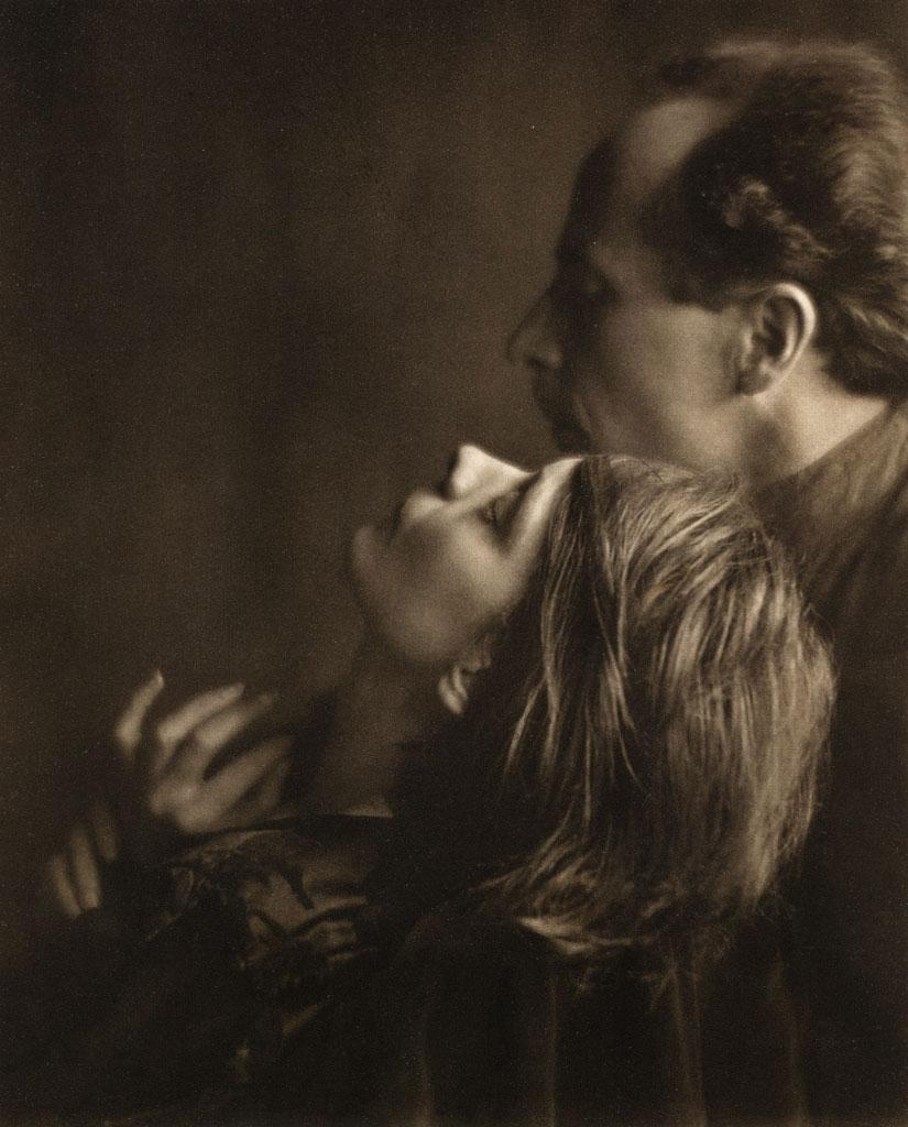 imogen-cunningham-margrethe-edward-1922-1.jpg