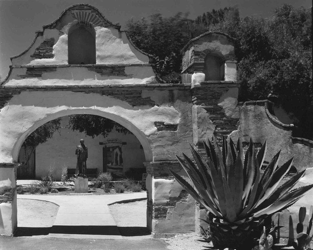 2011-May-San-Miguel-Arcangel-Mission-1.jpg
